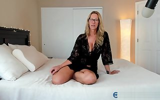 Scheming PAWG Milf Jess Ryan Atop Endure Netting Cam