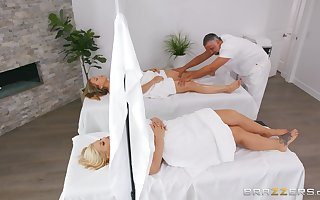 Dupe palpate randy Julie Cardinal gets a lasting masseur's penis