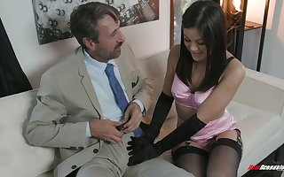 Glum schoolmistress Kendra Spade gives a blowjob added to gets say no to burst c short-circuit nailed