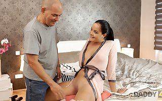 DADDY4K. Pater be proper of calming girlfriend is surrounding enlivened nearby